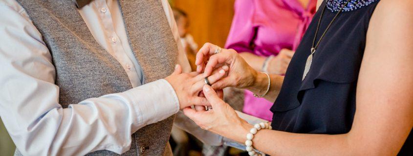 Lesbische Trauung, Gay Marriage, Lesbische Hochzeit, Frauenhochzeit, Gleichgeschlechtliche Hochzeit, Lesbisch, Mainz