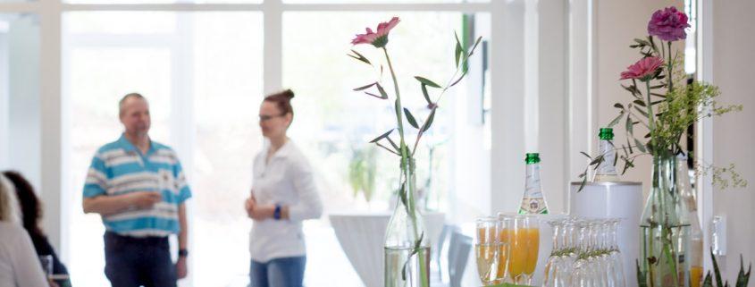 Businessportrait Gruppenbild, die therapeuten Grafenrheinfeld, Fotoimpressionen Praxiseröffnung 2017, Businessfotos maizucker, Daggi Binder